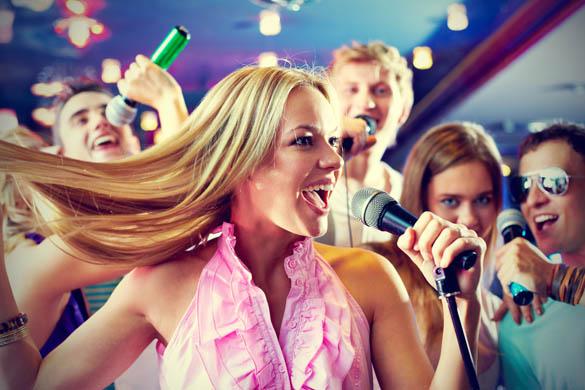 ночной клуб одно из самых популярных мест для девичника