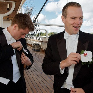 Обязанности свидетеля на свадьбе и что он действительно должен делать
