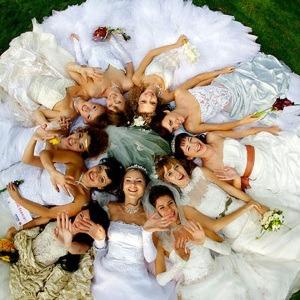 Свадебное платье с длинным рукавом на ваш выбор