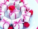 Что подарить на свадьбу молодоженам из самого оригинального и необычного