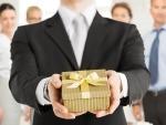 Что подарить на День рождения начальнику мужчине, чтобы шеф был доволен