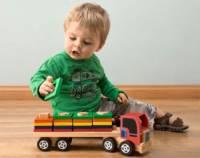 что подарить ребенку на 1 годик мальчику любителю игрушек
