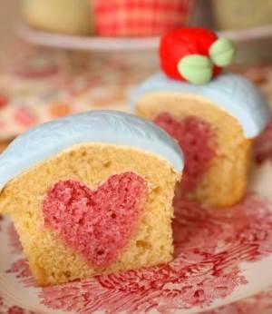 Как приготовить румяный кекс со вкусом цитрусовых с ванилином?