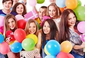 Какие смешные стихи актуальны для дня рождения подруги?