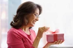 Какой полезный подарок подарить тете?